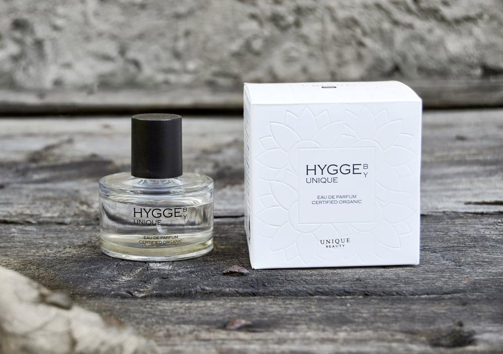 """<a href=""""https://uniqueproducts.dk/product/hygge-by-unique-eau-de-parfum/"""">Pamper yourself </a>"""